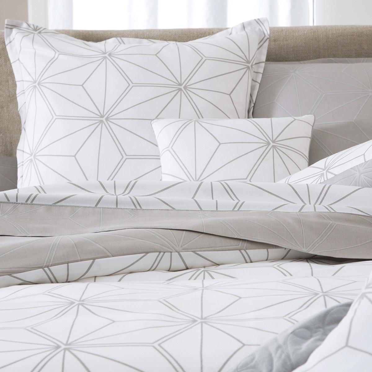 drap plat perseides linge de lit de qualit tradition des vosges. Black Bedroom Furniture Sets. Home Design Ideas
