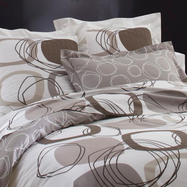 parure de drap hugo parure drap une personne tradition des vosges. Black Bedroom Furniture Sets. Home Design Ideas