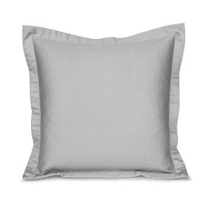 Charme quilted pillow