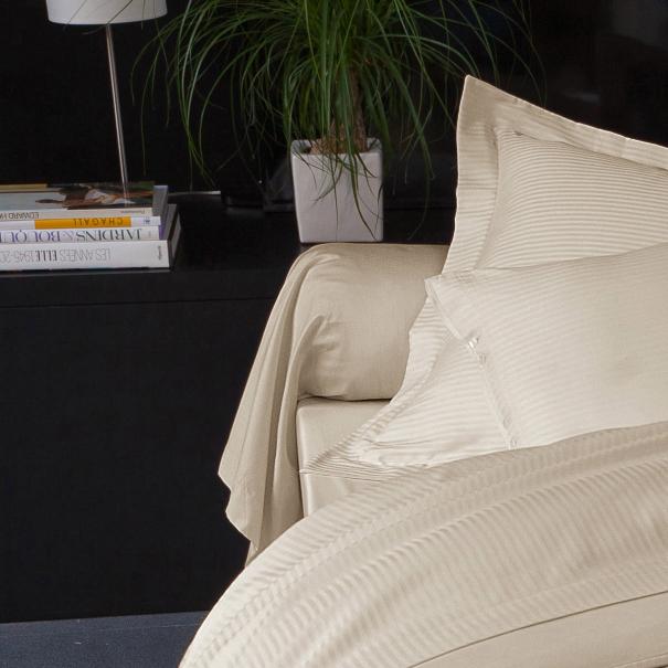 Bolster Satin Jacquard brown | Bed linen | Tradition des Vosges