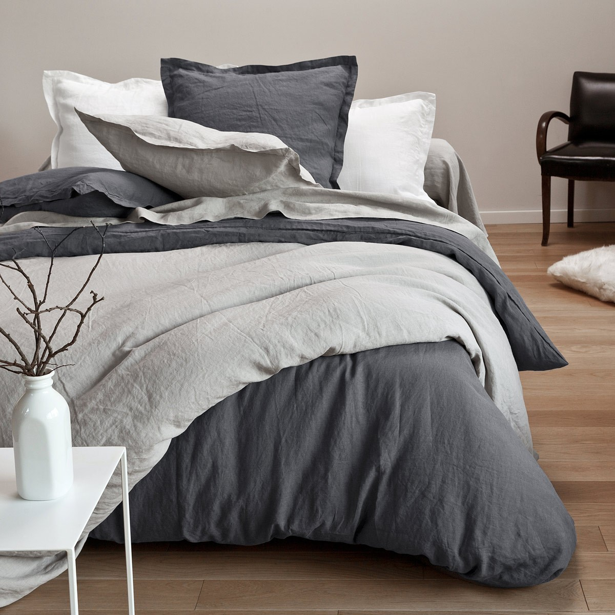 washed linen bed linen set french linen house tradition des vosges. Black Bedroom Furniture Sets. Home Design Ideas