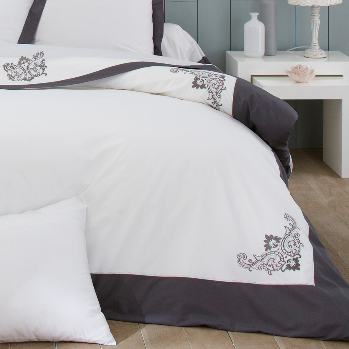 parure de lit percale embroidered percale bedlinen bed linen bedroom zara home lithuania. Black Bedroom Furniture Sets. Home Design Ideas