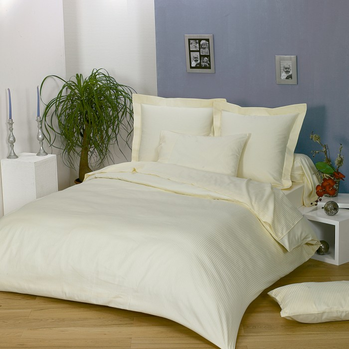 Duvet Cover Solid Color Satin Jacquard (Discontinued) | Linge de lit | Tradition des Vosges